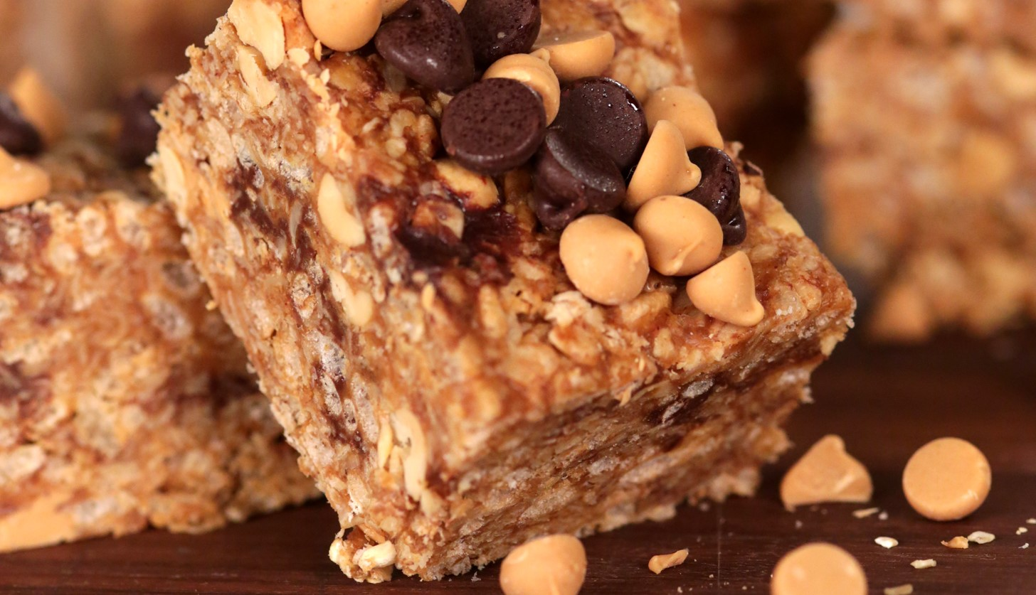 No-Bake Rice Krispies Peanut Butter Granola Bars