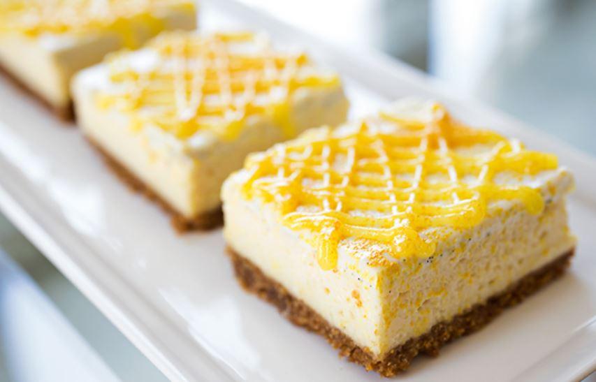 Tangy Lemon Cheesecake Bars
