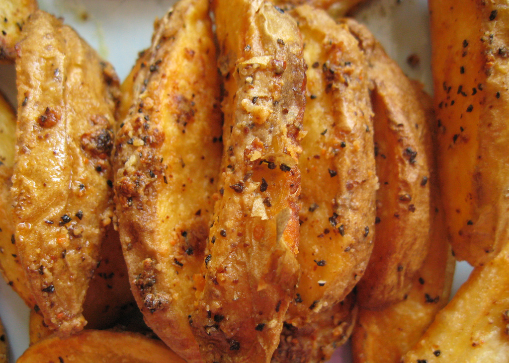 Garlicky Baked Fries